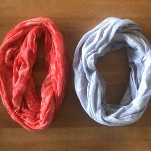 Gap infinity scarf bundle